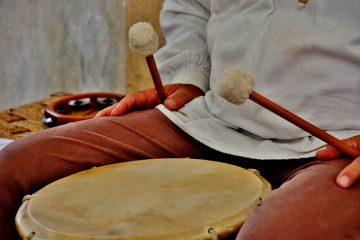 Alat Musik Ritmis Modern dan Tradisional