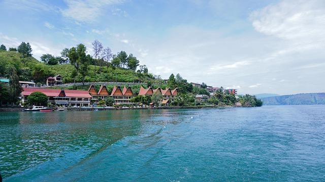 Toba, salah satu tempat terkenal di Sumatera