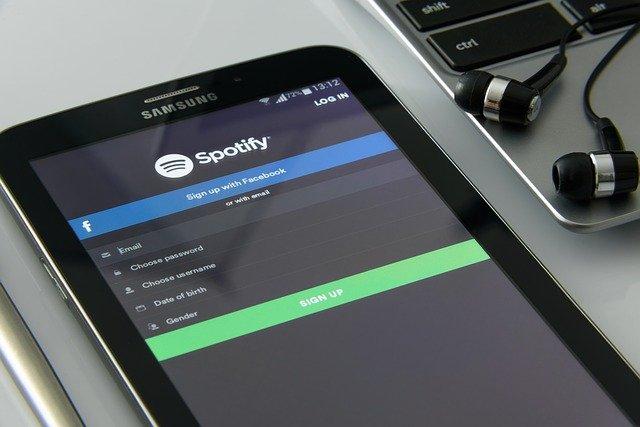 Jumlah royalti yang bisa diterima dari Spotify per stream-nya adalah Rp62.